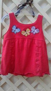 vestitino rosso con farfalle