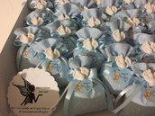 Sacchettino bomboniera porta confetti  battesimo nascita con gessetto piedini