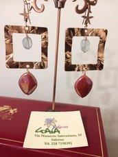 Orecchini con quadrato in zama color rame, fluorite, murano perlato, monachella in argento