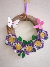 Ghirlanda primavera con violette uncinetto