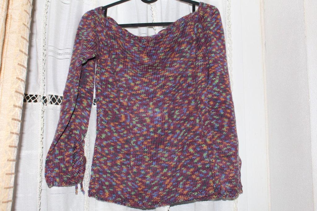 la maglia melange in pura lana vergine