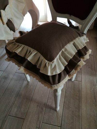 Cuscini per sedie su misura colore tortora e panna