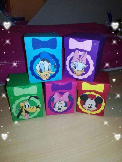 Scatoline portaconfetti segnaposto Minnie topolino Paperina Pluto cartoni animati colorate fiocco nascita comunione battesimo compleanno