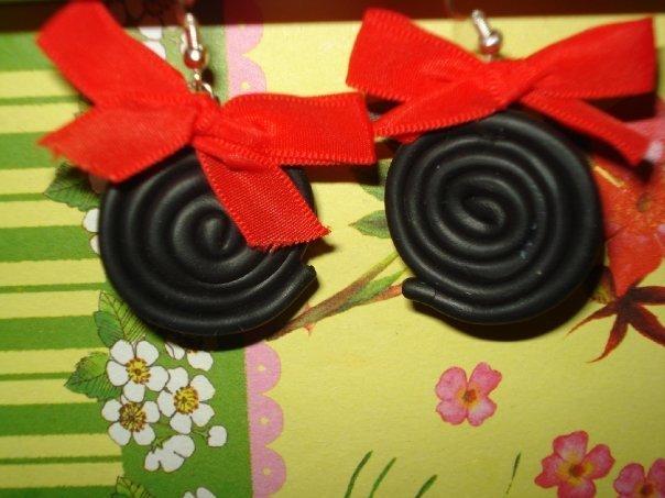 orecchini liquirizia con fiocchetto