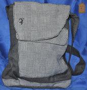 Borsa patchwork a spalla grigio scuro e a quadretti