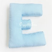 Un cuscino a forma di E per decorare: un morbido cuscino materasso per arredare!