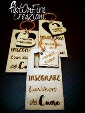 ***ordine personalizzato***portachiavi in legno con incisione personalizzata