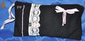 Pochette in tessuto di lana nero stile shabby