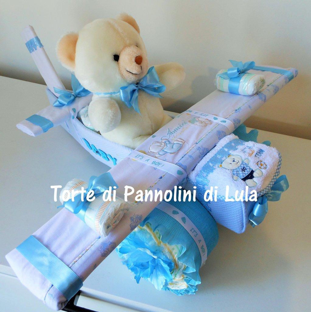 Torta di Pannolini Pampers Aereo grande + lenzuola. idea regalo, originale ed utile, per nascite, battesimi e compleanni