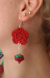 Orecchini fiore spring. Earrings flower burgundy