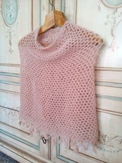 coprispalle in lana rosa cipria scialle sposa a uncinetto - poncho con fiori - scialle nozze stola elegante romantica per sposa matrimonio rosa