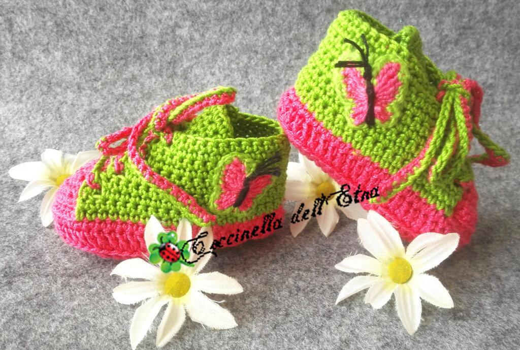 Scarpette Neonato Sportive A Uncinetto Rosa E Verde Con Farfalla Id