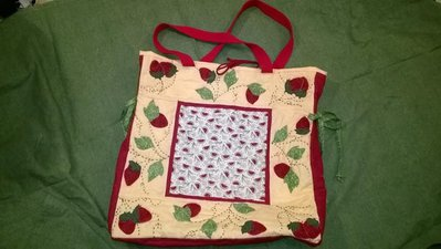 "Borsa  ""estate"" con fragole ed angurie"