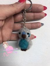 Portachiavi pappagallo azzurro lana cardata