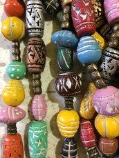 Filo di Perline in Ceramica dipinta