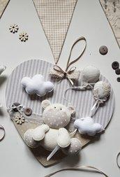 Quadretto nascita in stoffa e pannolenci con base in legno