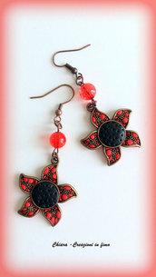 Orecchini con fiori in fimo rossi, orecchini papaveri, gioielli primaverili, regalo mamma, amanti della natura, bijoux colorati