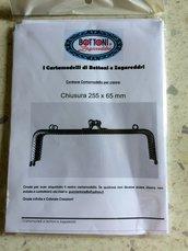 Cartamodello per Chiusura 255x65 mm.