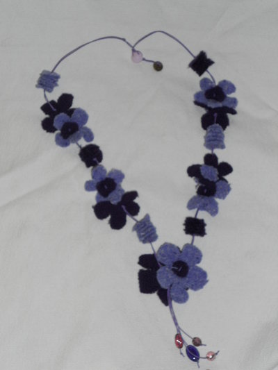 collana fiori di stoffa