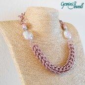 Girocollo rosa antico chainmaille in alluminio e resina