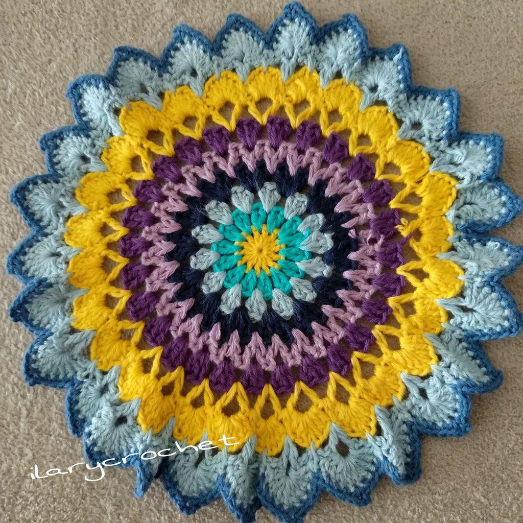 Centrino Mandala Alluncinetto Multicolore Per La Casa E Per Te