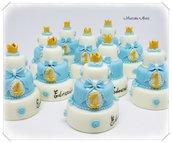 Minicake in pasta di mais con corona, per il 1°compleanno. Fatta interamente a mano