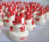 Calamite-Minicake per festeggiare i 18 anni. Realizzate e decorate a mano, in pasta di mais