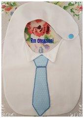 Bavaglino con cravatta