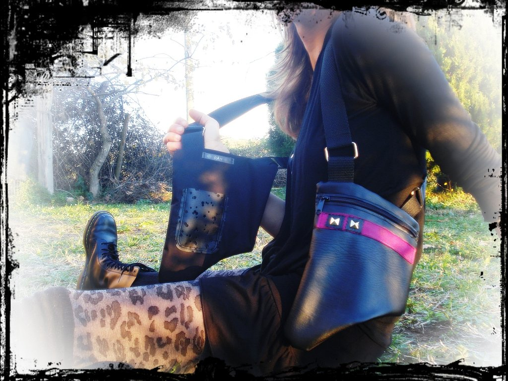 hOLSTER bAg_similpelle_nero/fucsia