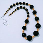 """Collana lunga di perle e cristalli """"Nerancione"""""""