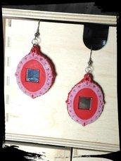 Orecchini cornice rossa con specchio