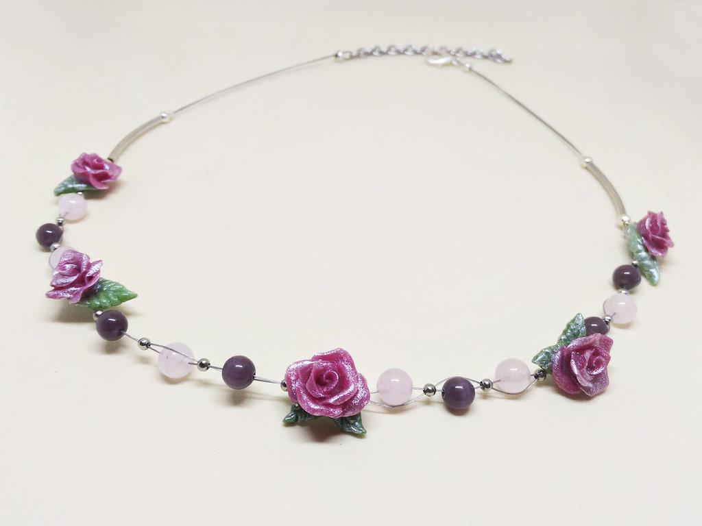 Collana rose, quarzo rosa, occhio di gatto, girocollo rose, collana perle, collana floreale, collana damigella, primavera, pasta di mais, porcellana fredda