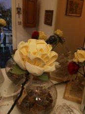 ROSA  GRANDE in stoffa su ramo di faggio
