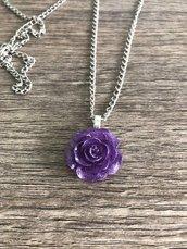 Collana rosa viola