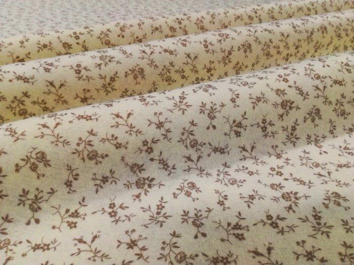 Pannolenci stampato sambuco avorio 20cm x 180cm