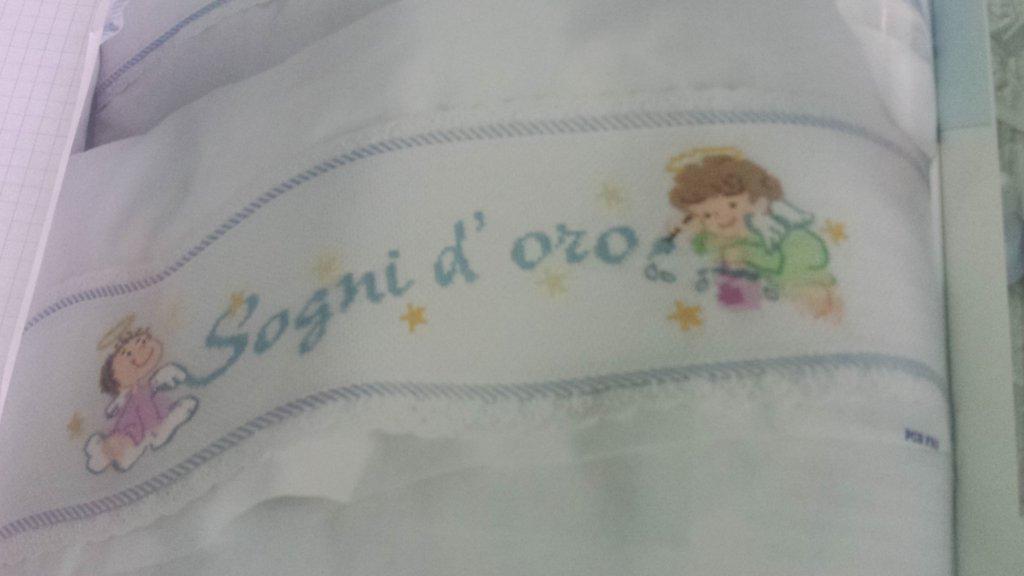 Schema bordura angioletti lenzuolino sogni d 39 oro ricamo for Angioletti punto croce per bambini
