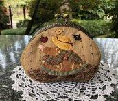 Borsellino in stoffa clic clac con Sue che balla tra le foglie d'autunno