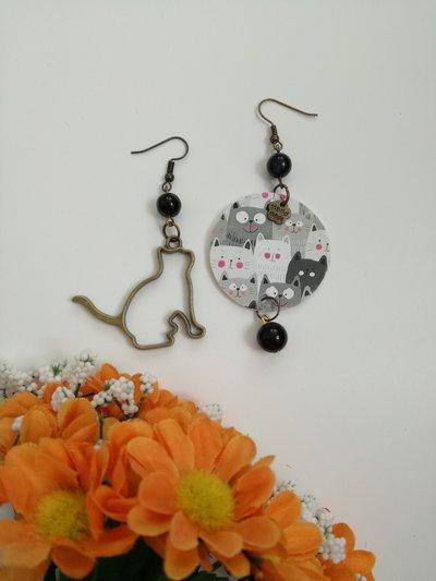 Gattini orecchini pendenti di carta con ciondolo a forma di gatto e perla nera