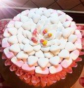 Torta di confetti e marshmallow