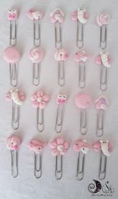 Bomboniere segnalibri graffette decorate rosa per bimba uccellini, fiori, farfalle, ciambelle, macaron, gufetti, casette