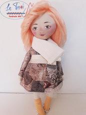Bambola 35 cm, morbida bambola con lunghi capelli di lana, Le Tusì Bambole di stoffa fatta a mano