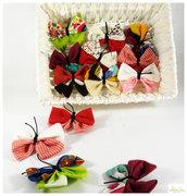 Spilla con Farfalla di stoffa, Spilla, gioiello spilla, applicazione, chiudi pacco a forma di farfalla, colori mix