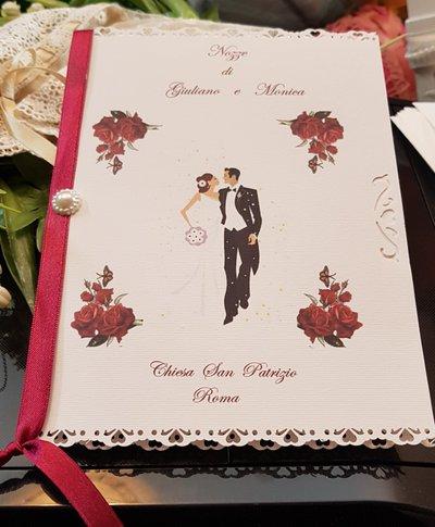 Libretto Messa personalizzato con decoro sposi e rose rosse
