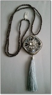 Long necklace tassel grey