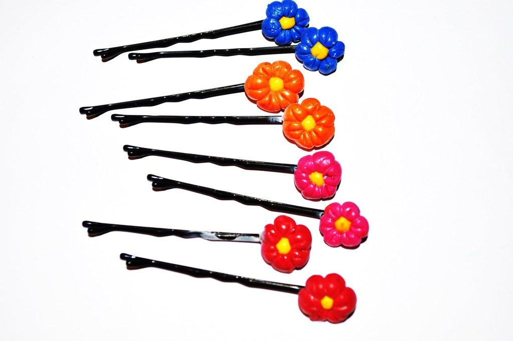 Mollettine per capelli con fiorellini in fimo