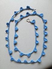 Collana lunga azzurra fatta a mano con chiusura a T in lega, collana estiva ad uncinetto, chiusura a T a forma di cuore