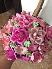Bouquet di fiori rosa