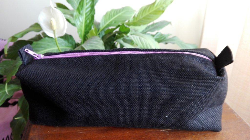 Astuccio beauty case porta trucchi porta oggetti in cotone nero - fatto a mano