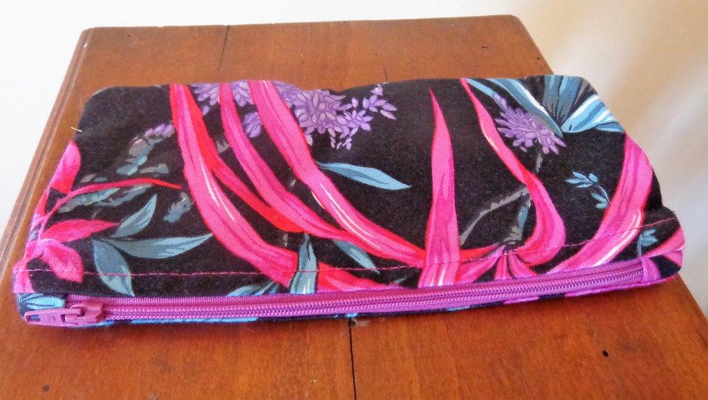 Astuccio beauty case porta trucchi porta oggetti in cotone fantasia foderato in seta - fatto a mano