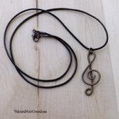 Collana chiave di violino in rame anticato wire
